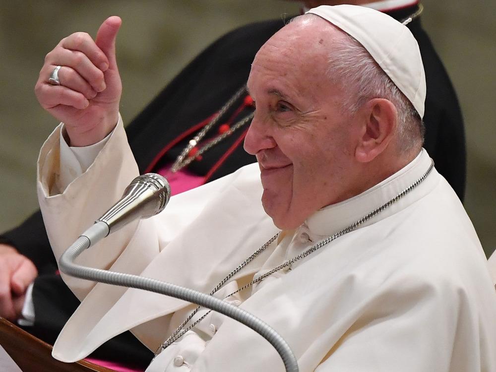 Päpstliches Geheimnis